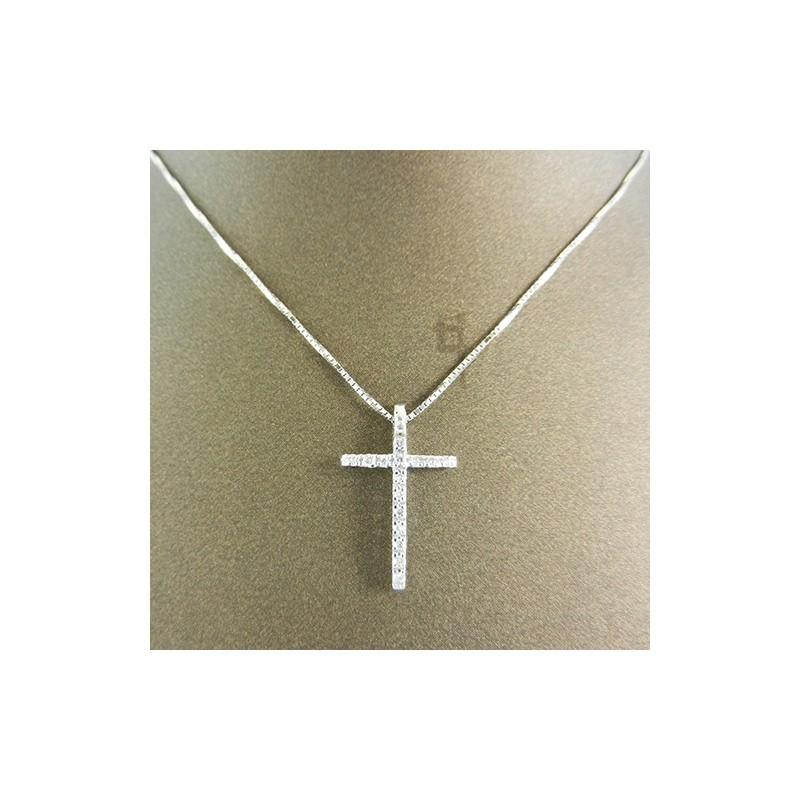 Collana donna in oro bianco con crocetta in diamanti taglio brillante ct. 0.10