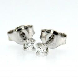 Orecchini Punto Luce a castone quadrato in oro con diamanti ct.0.08
