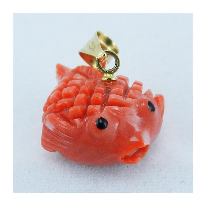 Pendente in oro giallo Pesce palla in corallo
