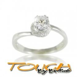 Stupendo anello solitario in argento 925% con brillante c.z